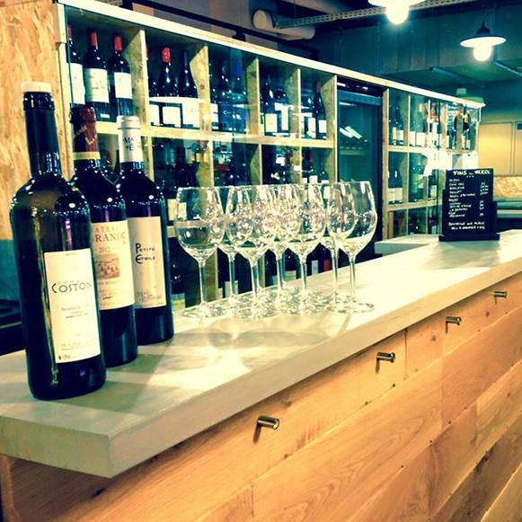 L'Artnoa Maison des vins à Biarritz
