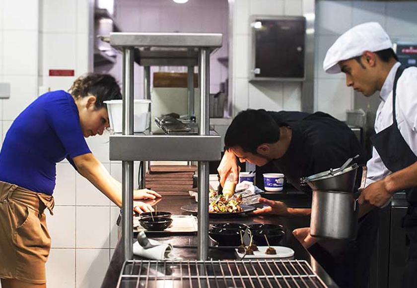 Avec le chef eric gu rin graphisme et motion en cuisine for A la maison personal chef service